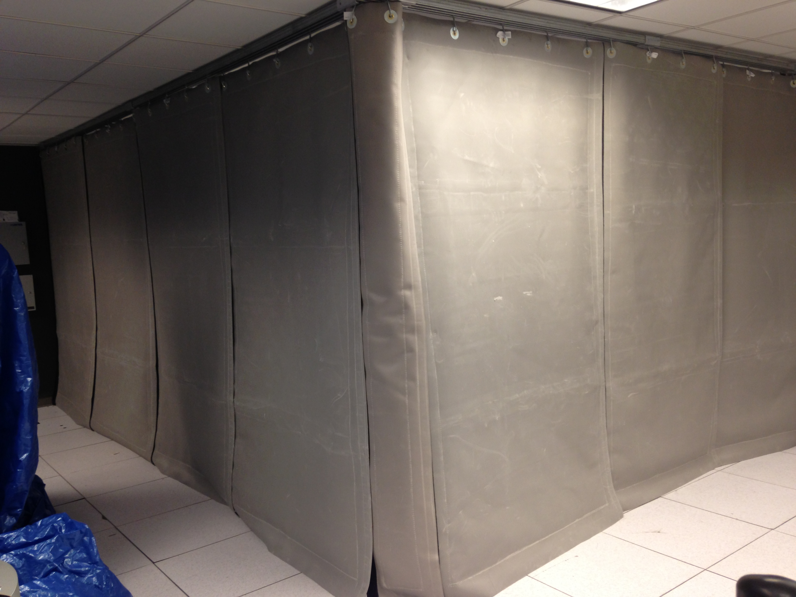 Noise Control Curtains Around Chiller