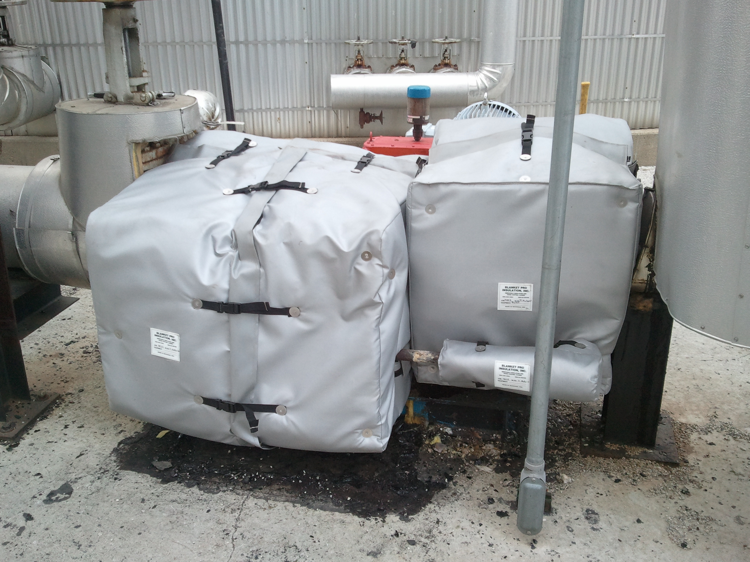 Removable Insulation Blankets For Tar Pump And Valve