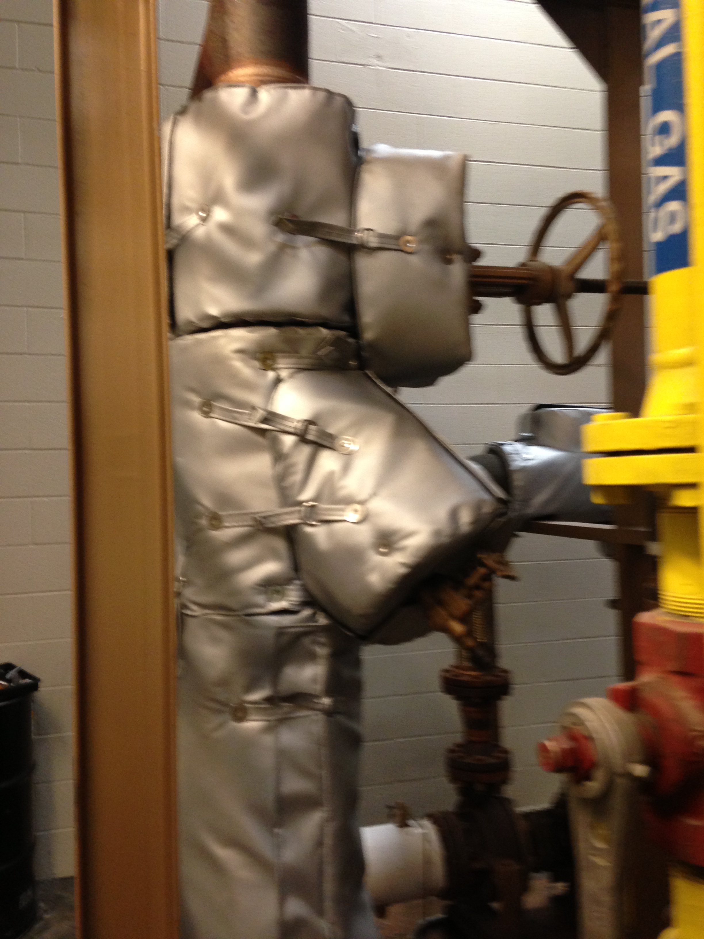 Removable Insulation Blankets For Valve Strainer And File Pipe 2