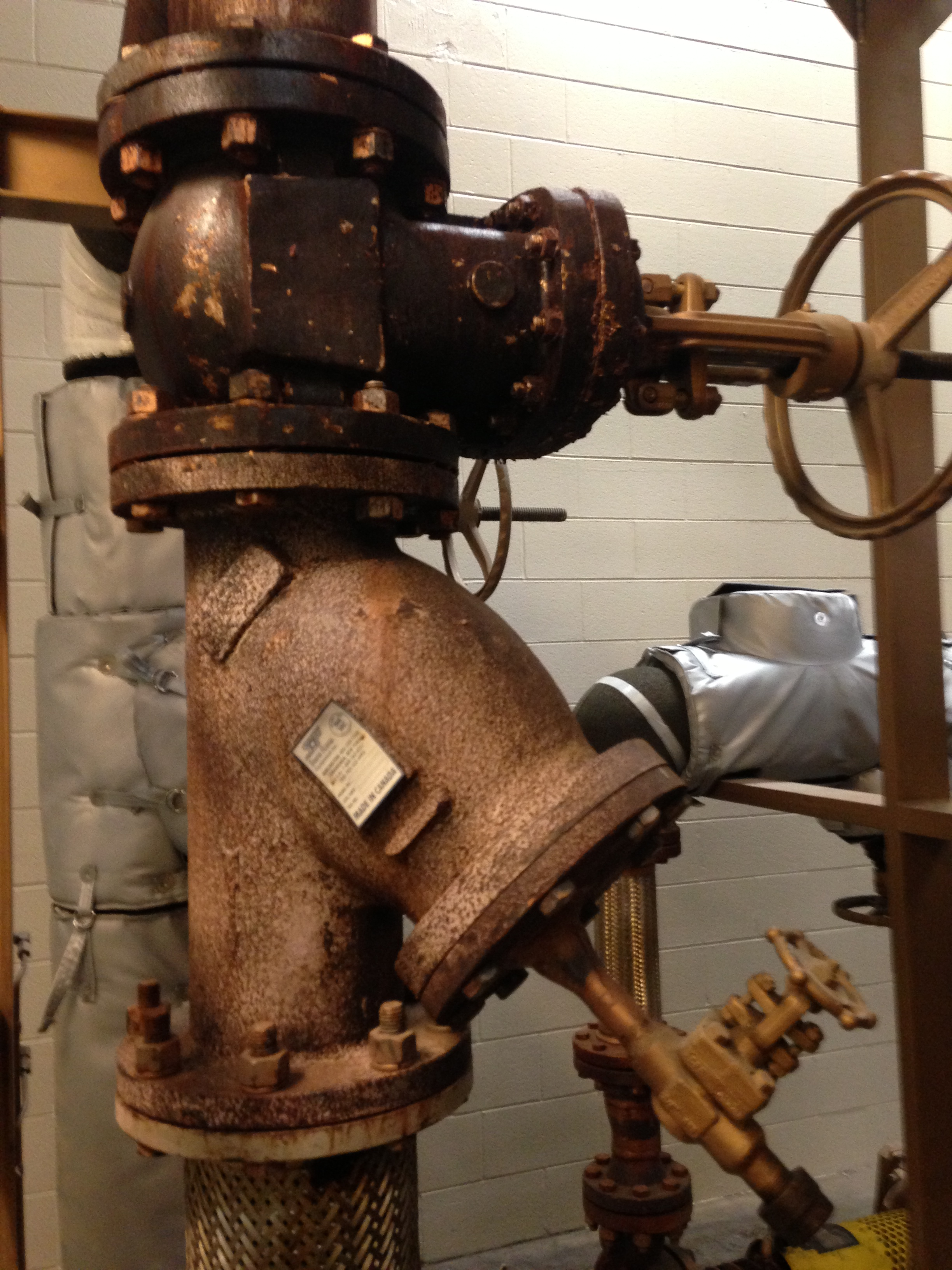 Before Removable Insulation Blankets For Valve Strainer And File Pipe